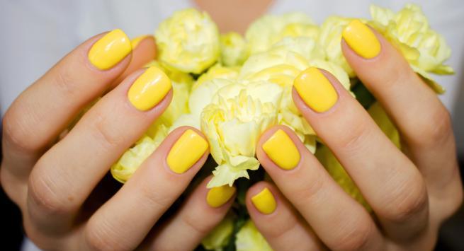 Νύχια για το καλοκαίρι: 11 χρώματα για την παραλία!